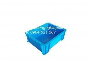 Thùng nhựa đặc B7 (370x280x125)